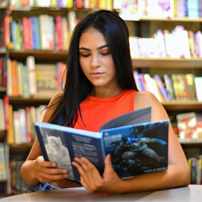 Profesorado en Lenguaje y Literatura para Tercer Ciclo de Educación Básica y Educación Media